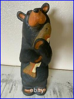 ADORABLE Big Sky Bears Carvers Jeff Fleming Solid Pine Bear with Fish 11.5