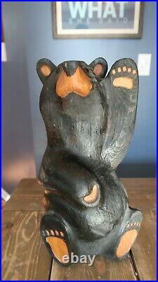 Bearfoots Bear Jeff Fleming Big Sky Carvers Large Standing Waving Bear 12H