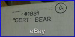 Big Sky Carvers 15 wooden bear Gert in original box, packing Kalispell Col