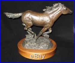 Big Sky Carvers 1999 Unbroken horse sculpture by BRADFORD WILLIAMS 132/1250