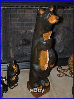 Big Sky Carvers 33 wood bear HUGE carving fish Bears smooth dark brown fur