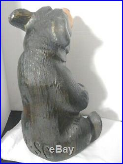 Big Sky Carvers Jeff Fleming 14 and 5 lbs. Beautifully carved Wood Bear BSC