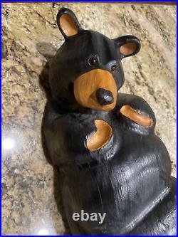 Big Sky Carvers Jeff Fleming Bearfoots Lounging Black Bear Pine Sculpture 22