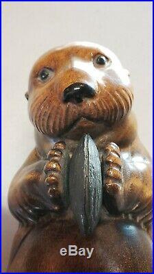 Big Sky Carvers Manhattan Montana Master Edition Wood Otter 715/950