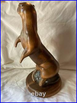 Big Sky Carvers North American River Otter Wood Sculpture Carving 233/1250