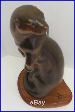 Big Sky Carvers Otter Burl Jones Masters Edition Circa, Sculpture 13