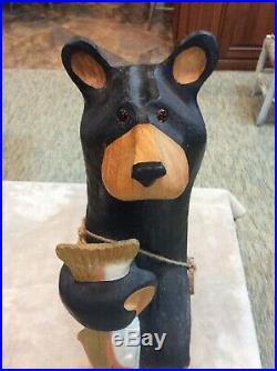 Big Sky Carvers Vintage Bear With Trout (large Wood)