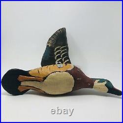 Demdaco Grandpas Attic Wall Mounted Wildbird Decoy Flying Duck Big Sky Carvers