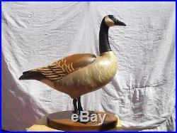 Don Profota Handmade 25 Tall Wooden Canadian Goose Sculpture Big Sky Carvers