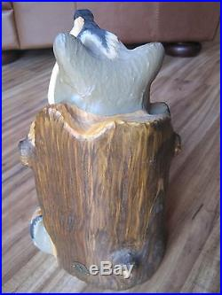 Solid Wood Carving Big Sky Carvers RARE Raccoon in Log12Painted details 1996yr